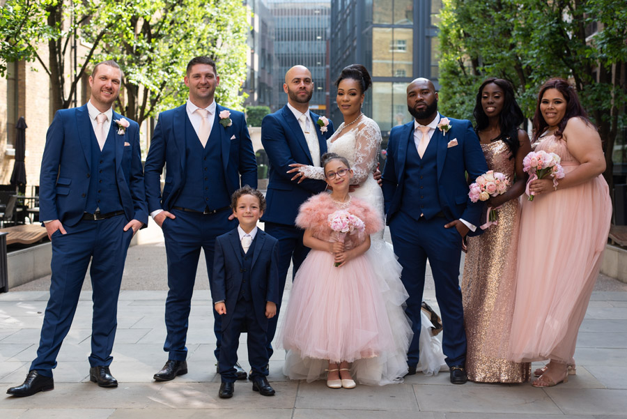 Chantel & Andrew's chic, modern and timeless wedding at Devonshire Terrace, with Carla Thomas Photography (28)