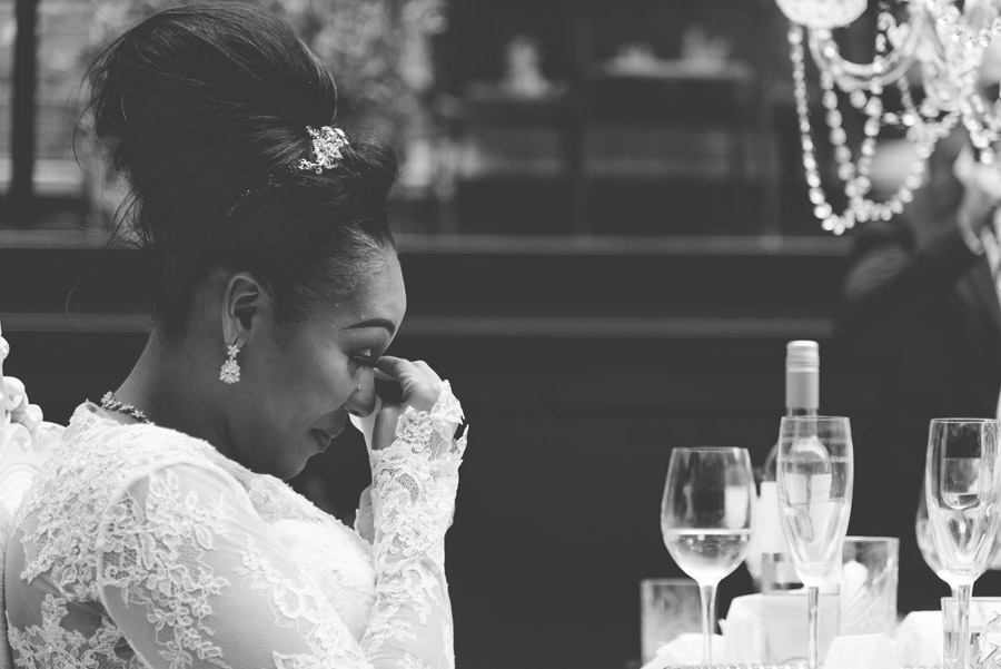 Chantel & Andrew's chic, modern and timeless wedding at Devonshire Terrace, with Carla Thomas Photography (33)