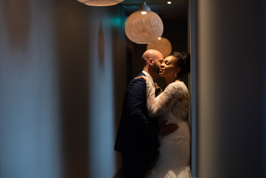 Chantel & Andrew's chic, modern and timeless wedding at Devonshire Terrace, with Carla Thomas Photography (35)