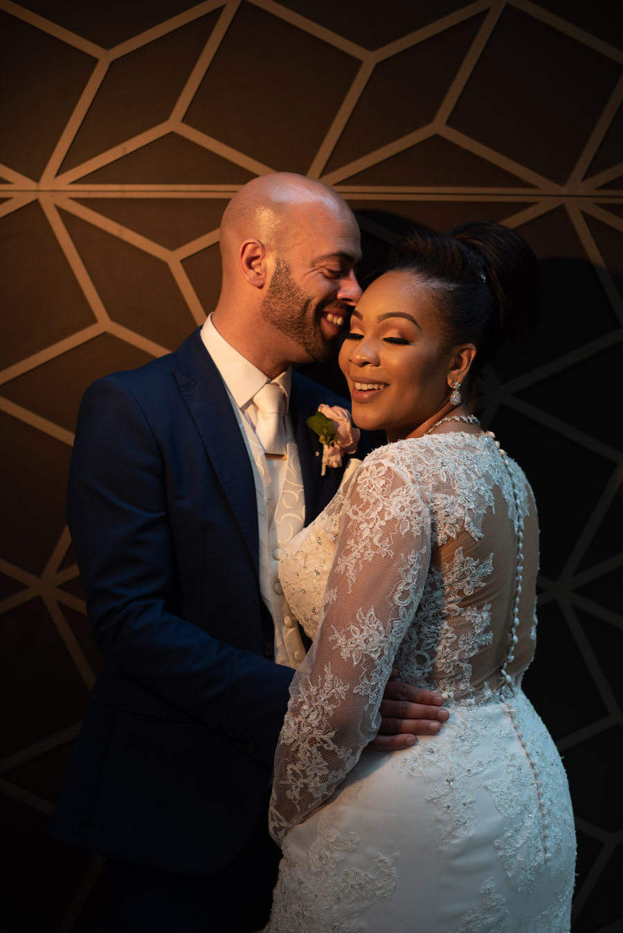 Chantel & Andrew's chic, modern and timeless wedding at Devonshire Terrace, with Carla Thomas Photography (37)
