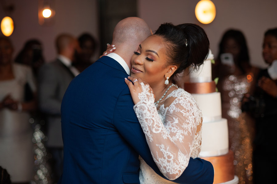 Chantel & Andrew's chic, modern and timeless wedding at Devonshire Terrace, with Carla Thomas Photography (41)