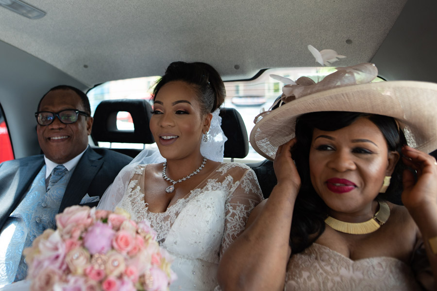 Chantel & Andrew's chic, modern and timeless wedding at Devonshire Terrace, with Carla Thomas Photography (14)