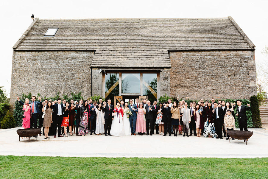 Group photos made easy, wedding photography tips for brides and grooms with Fiona Kelly Photography (7)