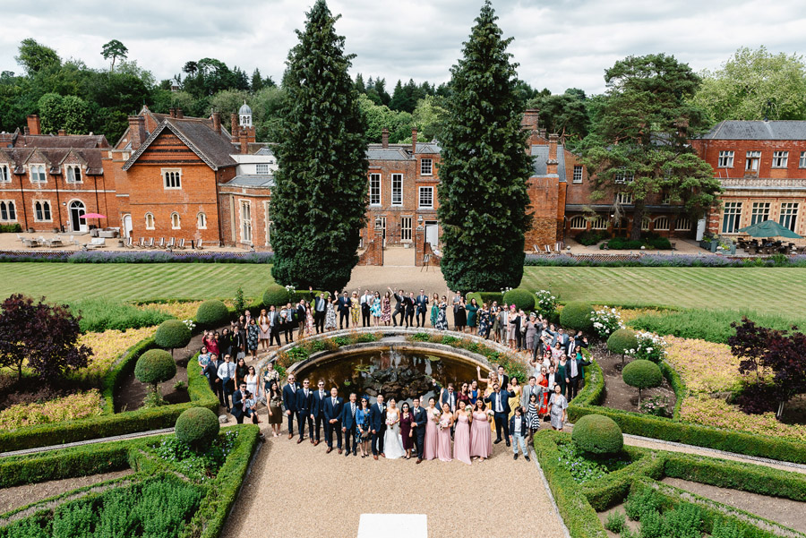 Group photos made easy, wedding photography tips for brides and grooms with Fiona Kelly Photography (9)