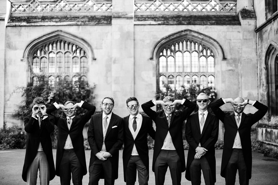 Group photos made easy, wedding photography tips for brides and grooms with Fiona Kelly Photography (13)