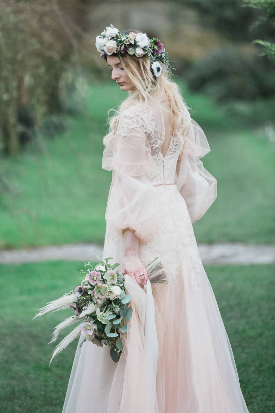 Candyfloss romance from the secret garden at Barnsley House, image credit Red Maple Photography (14)