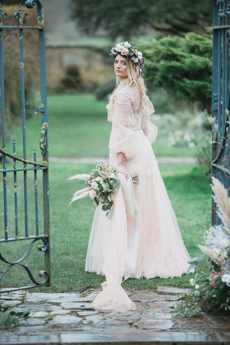 Candyfloss romance from the secret garden at Barnsley House, image credit Red Maple Photography (17)