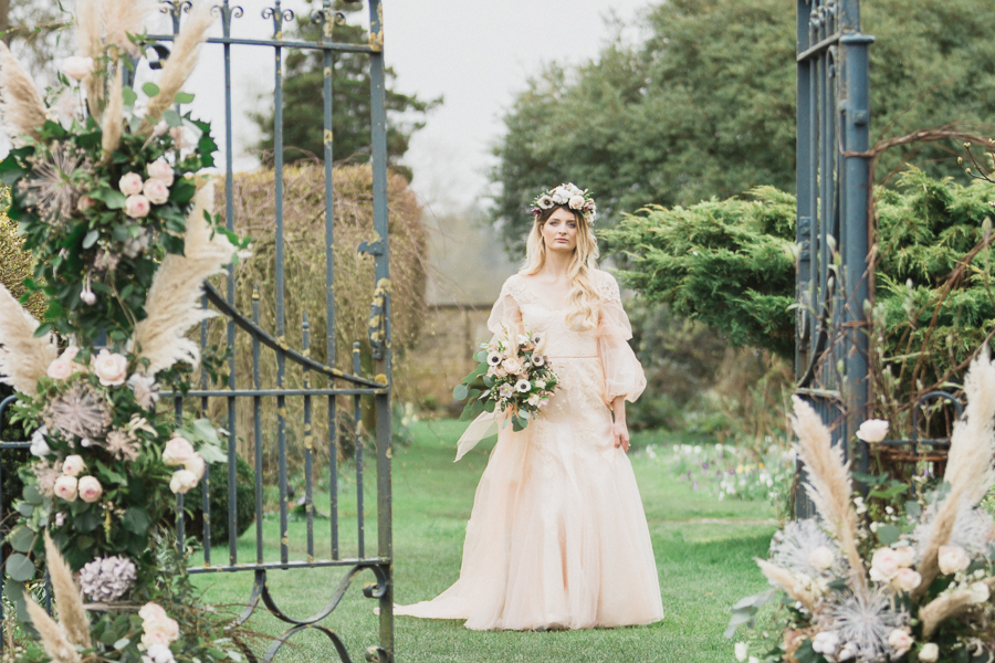 Candyfloss romance from the secret garden at Barnsley House, image credit Red Maple Photography (20)