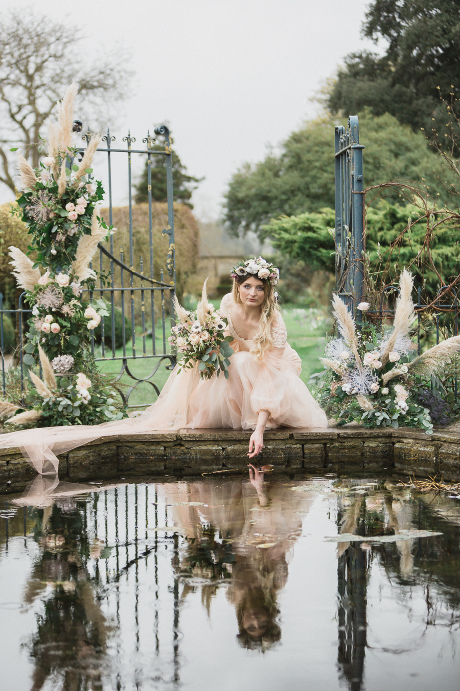 Candyfloss romance from the secret garden at Barnsley House, image credit Red Maple Photography (24)