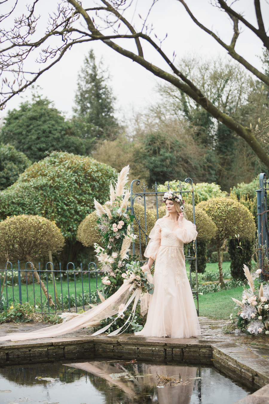 Candyfloss romance from the secret garden at Barnsley House, image credit Red Maple Photography (25)