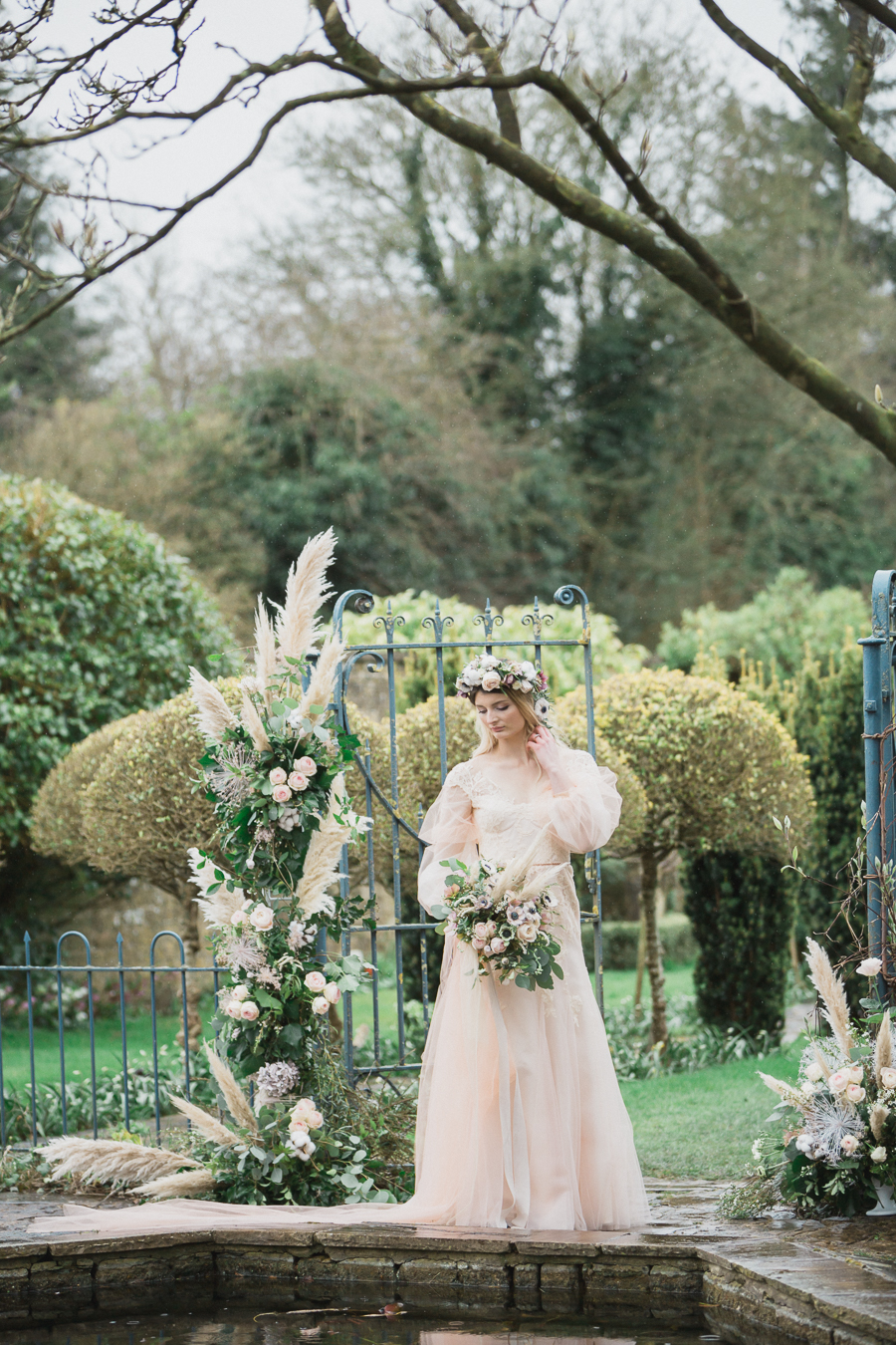 Candyfloss romance from the secret garden at Barnsley House, image credit Red Maple Photography (26)