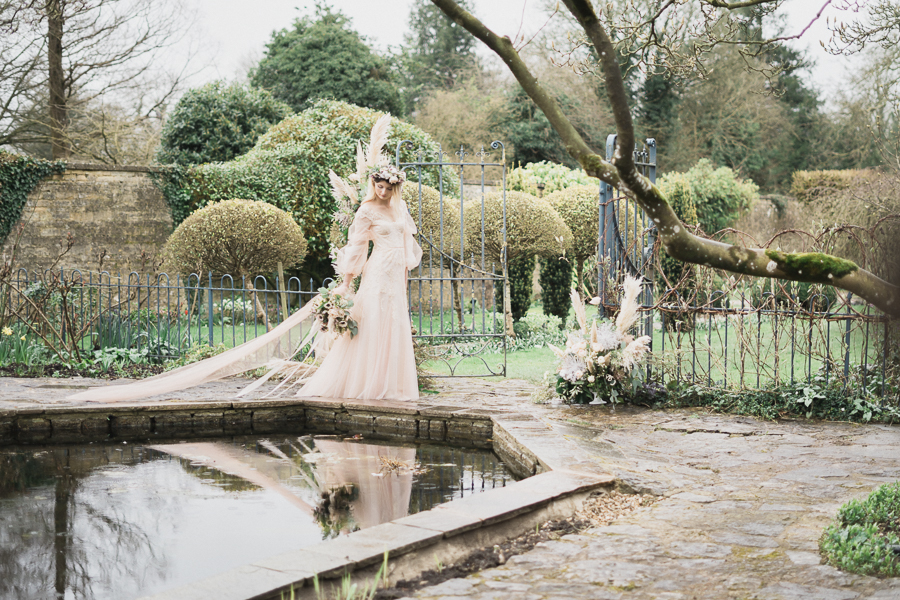 Candyfloss romance from the secret garden at Barnsley House, image credit Red Maple Photography (28)