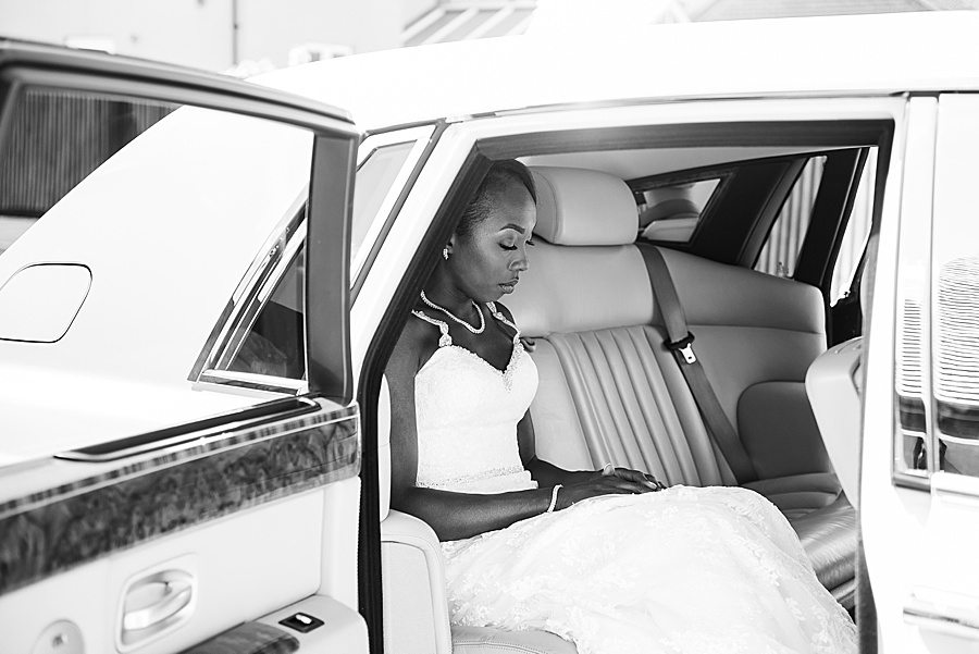 Sheila & Paul's wonderfully chic and elegant Ely wedding, with Fiona Kelly Photography (2)