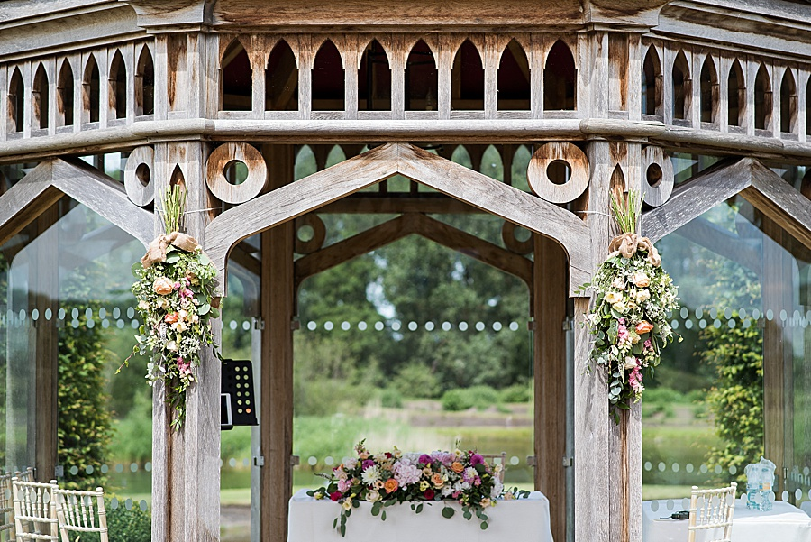 Sheila & Paul's wonderfully chic and elegant Ely wedding, with Fiona Kelly Photography (9)