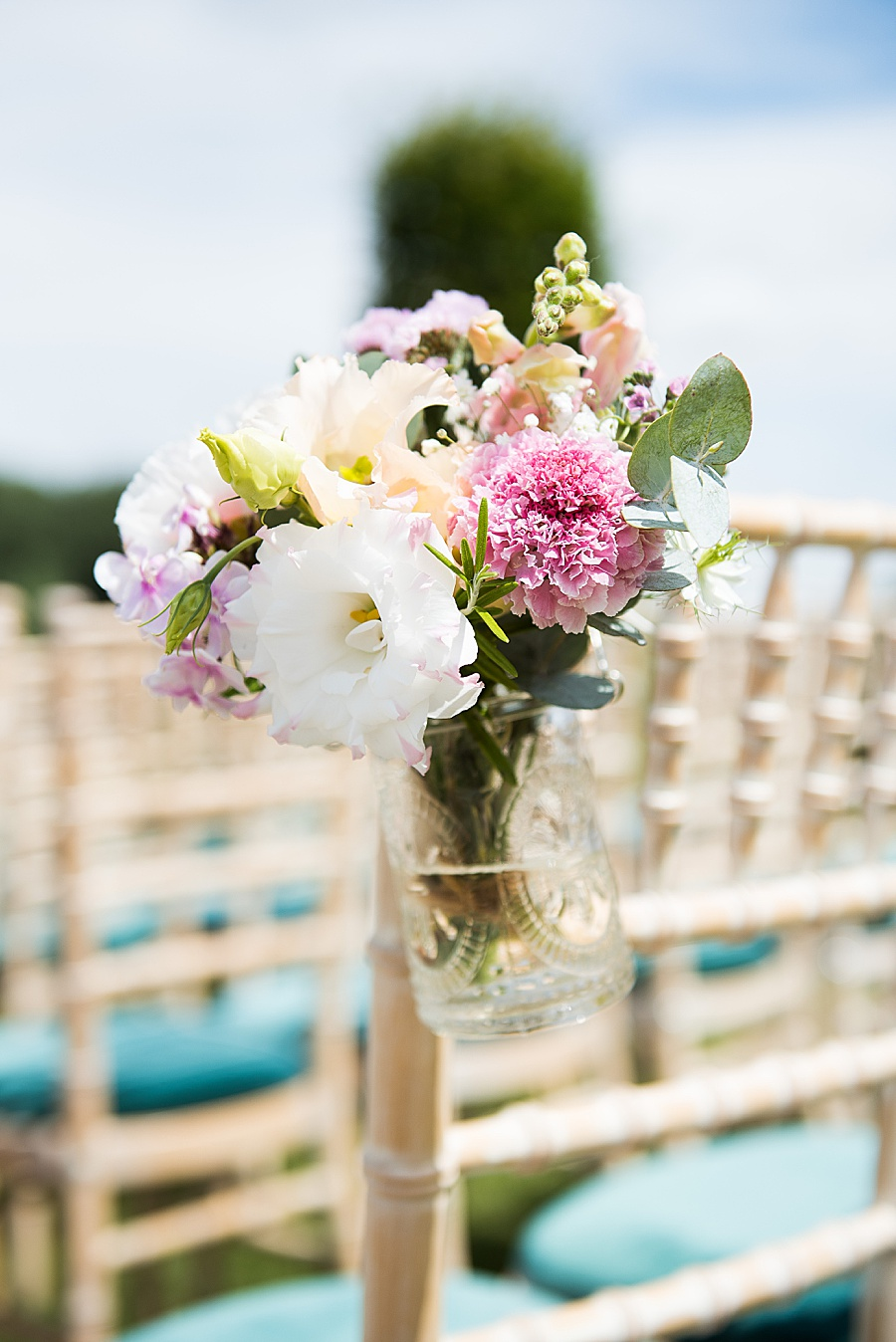 Sheila & Paul's wonderfully chic and elegant Ely wedding, with Fiona Kelly Photography (11)