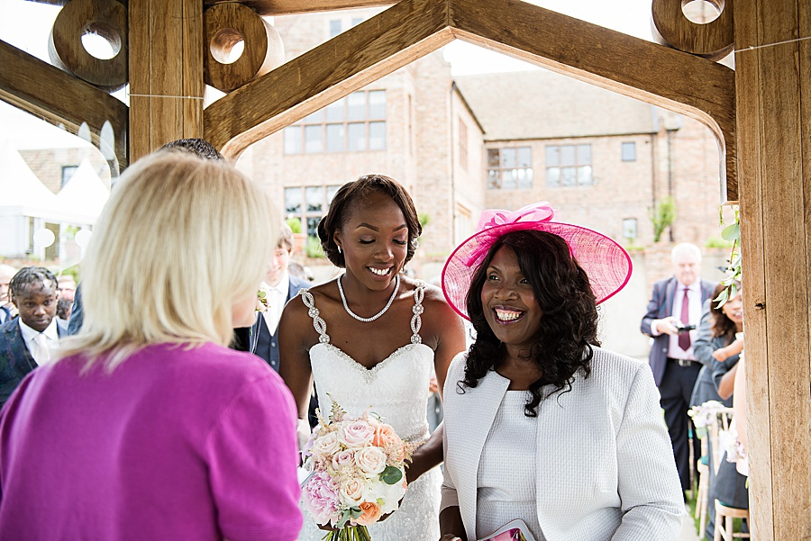 Sheila & Paul's wonderfully chic and elegant Ely wedding, with Fiona Kelly Photography (15)