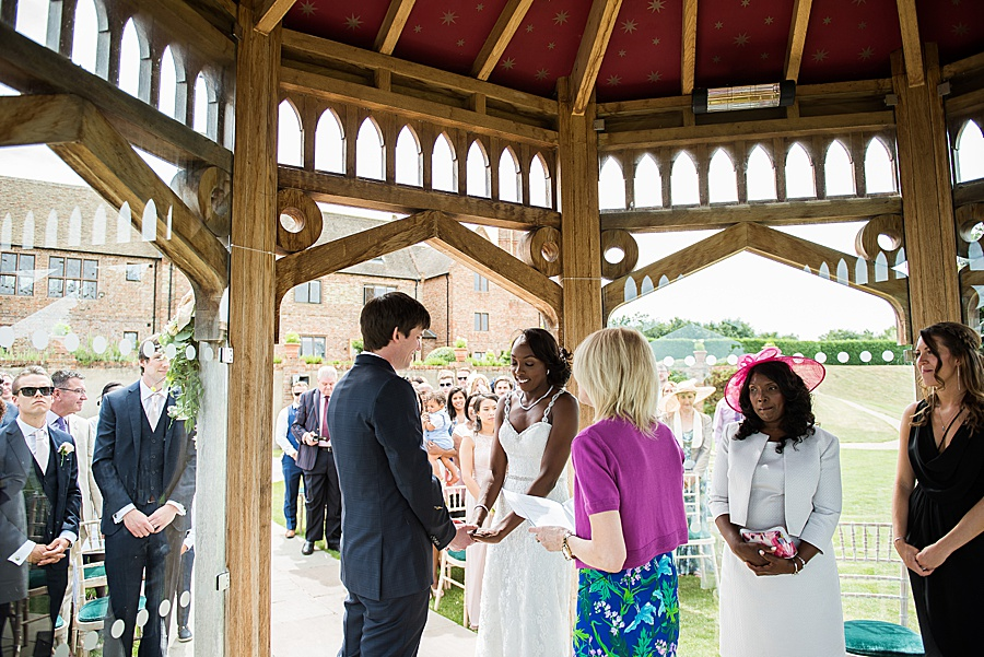 Sheila & Paul's wonderfully chic and elegant Ely wedding, with Fiona Kelly Photography (16)