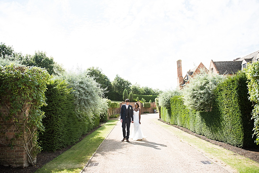 Sheila & Paul's wonderfully chic and elegant Ely wedding, with Fiona Kelly Photography (24)