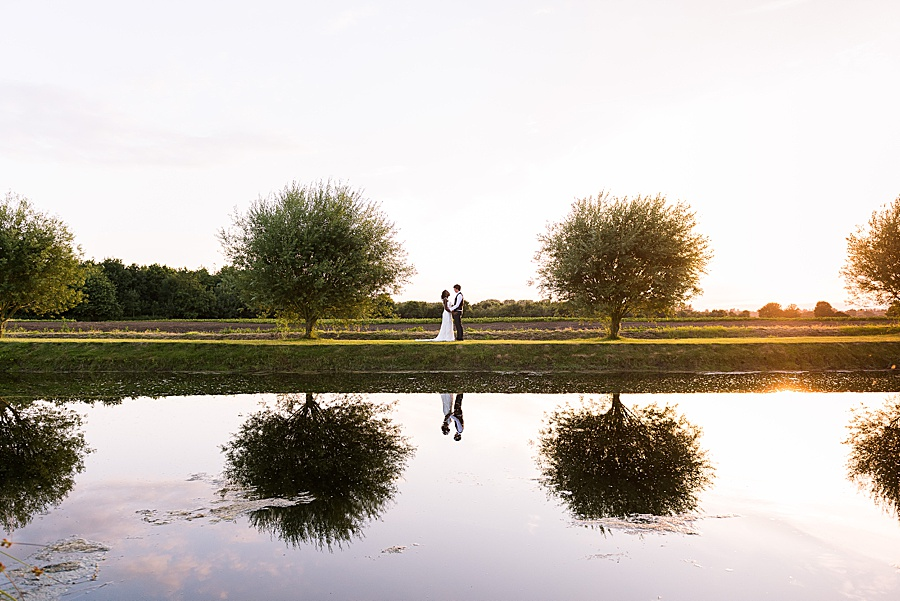 Sheila & Paul's wonderfully chic and elegant Ely wedding, with Fiona Kelly Photography (58)