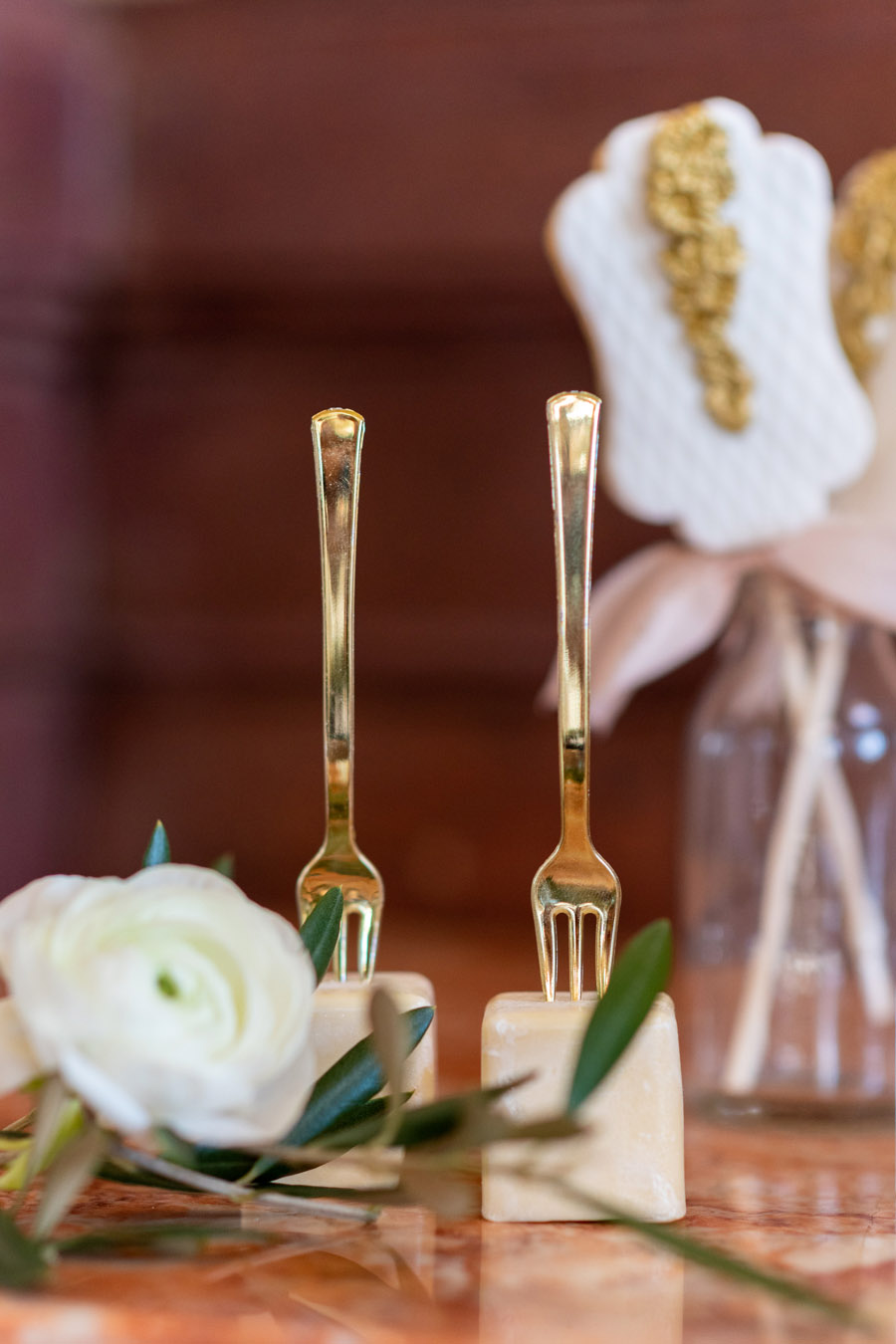 Beautiful olive grove and terracotta wedding style from the Algarve, with Pudding & Plum Photography (7)