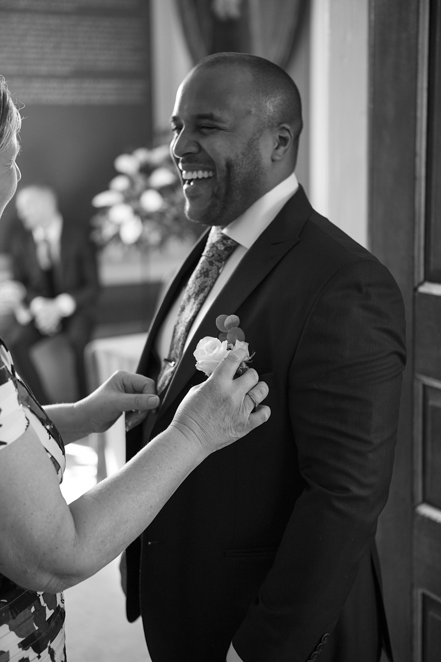 Sarah & Sansui's classic and timeless wedding in Rye, with Morris Mully Photography (10)