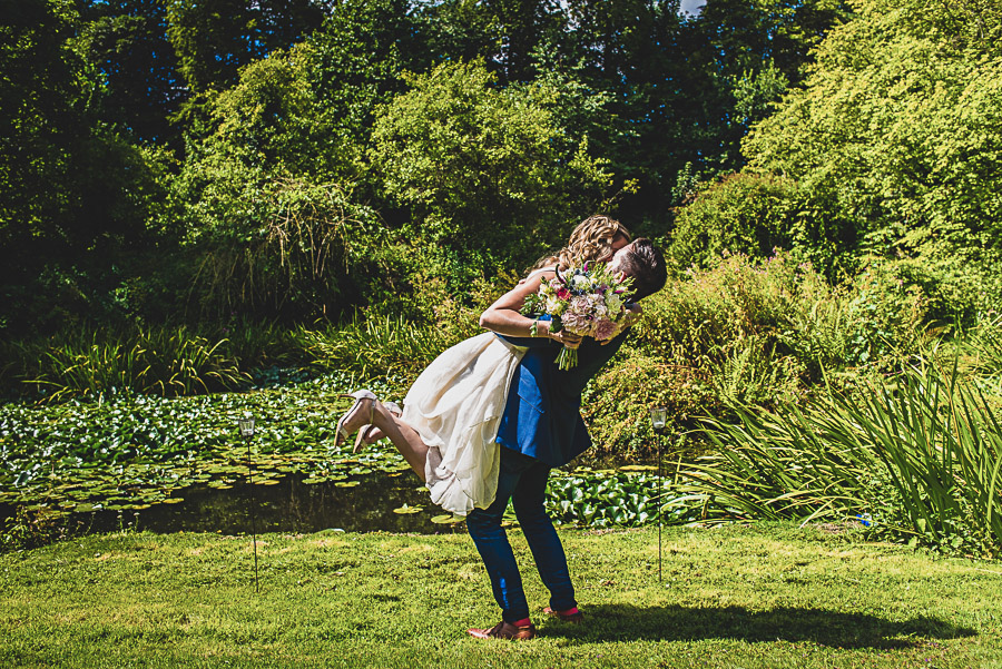 Beth and Jez's insanely beautiful, creative & DIY wedding, with Damien Vickers Photography (9)
