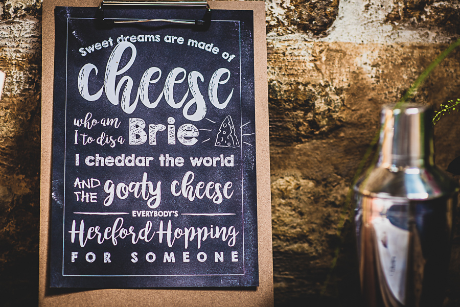 Beth and Jez's insanely beautiful, creative & DIY wedding, with Damien Vickers Photography (18)