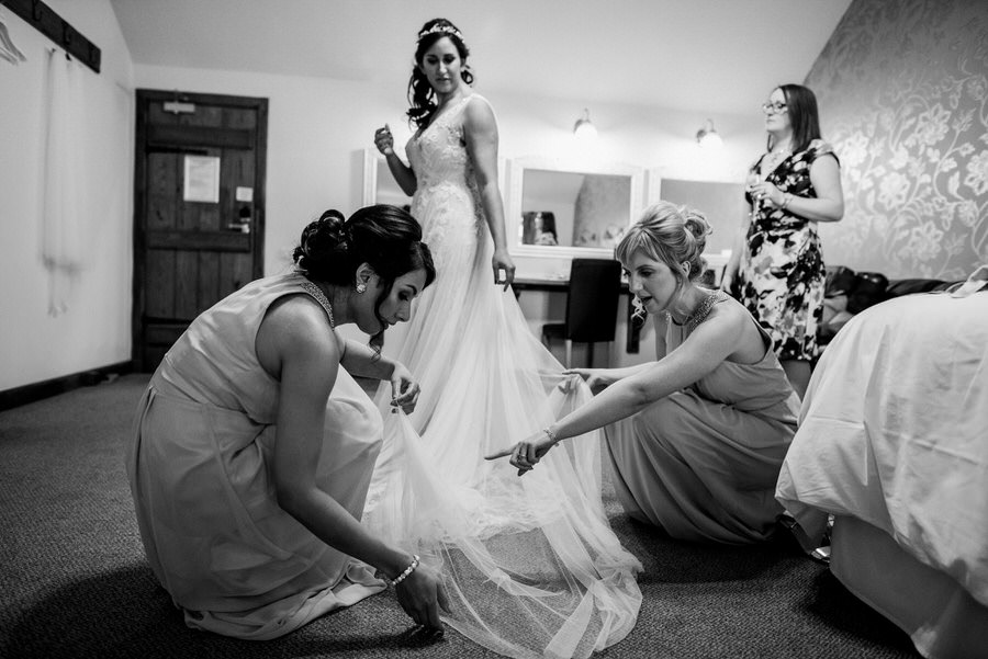 Jonny & Soma's elegant rustic Heaton House Farm wedding, with Simon Biffen Photography (10)