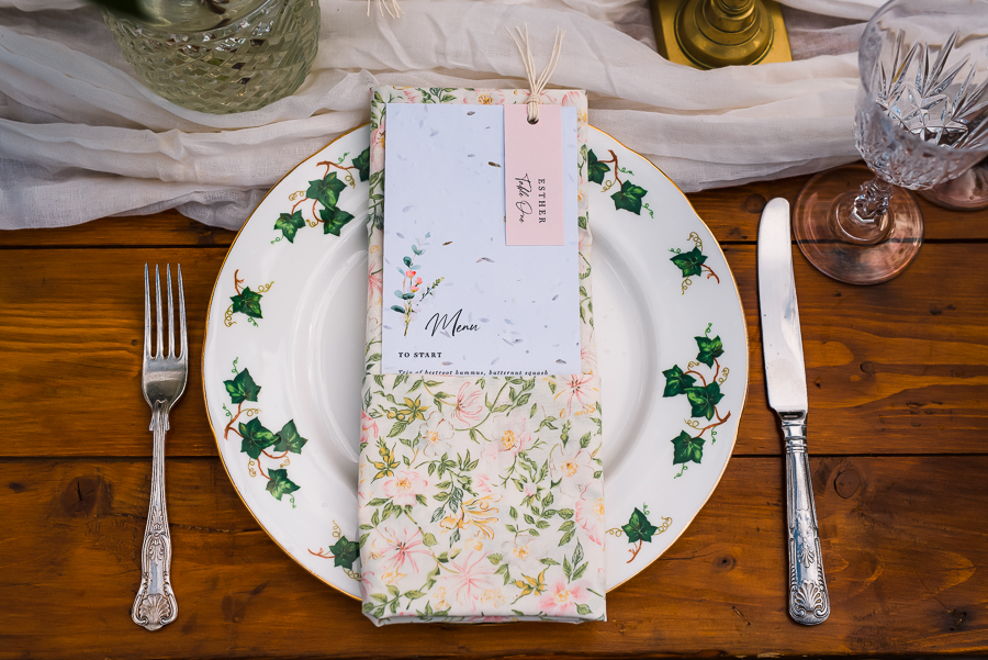 Summer vintage wedding styling inspiration, with Lauren Beth Photography (3)