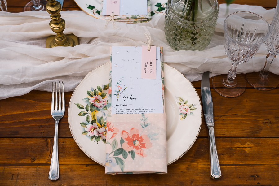 Summer vintage wedding styling inspiration, with Lauren Beth Photography (4)