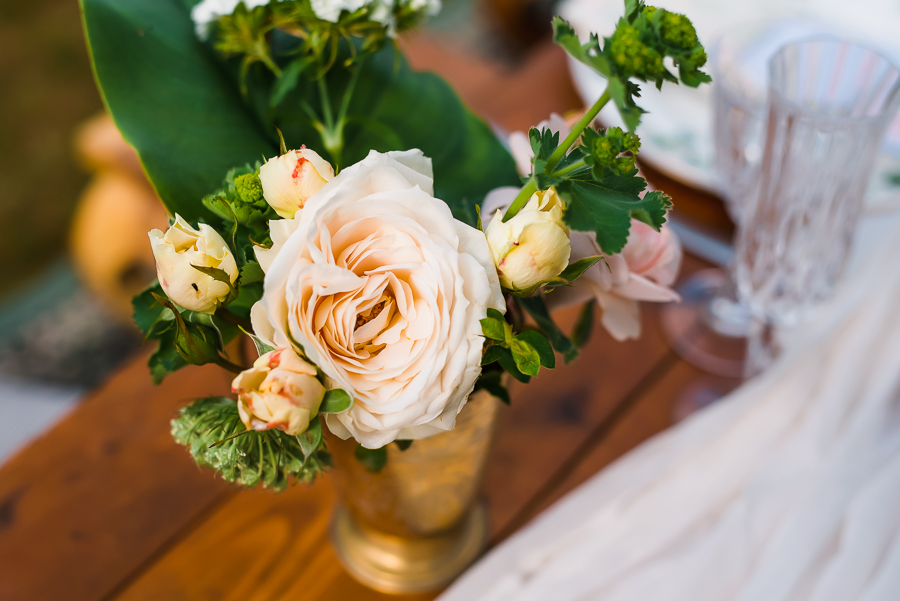Summer vintage wedding styling inspiration, with Lauren Beth Photography (10)
