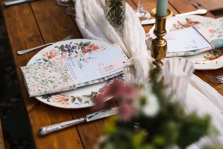 Summer vintage wedding styling inspiration, with Lauren Beth Photography (19)