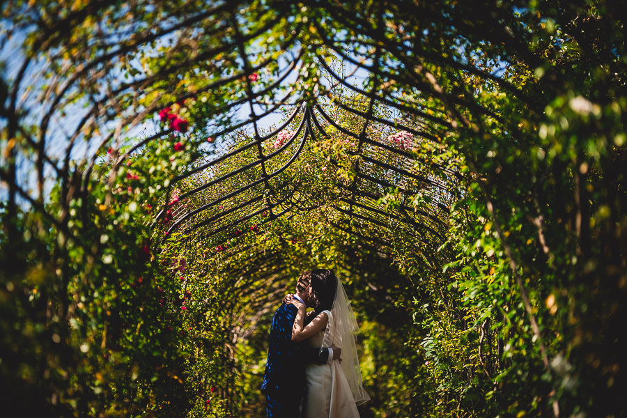 Tom and Ahram's chic, modern Nonsuch Mansion wedding, with Charlie Campey Photography (24)