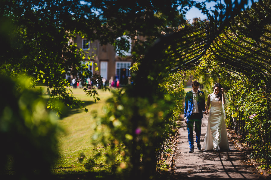 Tom and Ahram's chic, modern Nonsuch Mansion wedding, with Charlie Campey Photography (25)