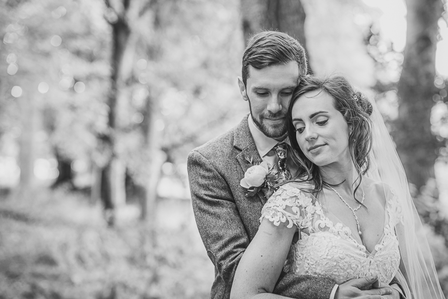 Sophie & Craig's creative and DIY wedding at Barrington Hall, with Damien Vickers Photography (23)
