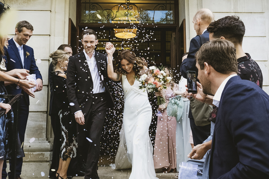 Michelle & Stephen's relaxed modern wedding at London's Town Hall Hotel, with York Place Studios (21)