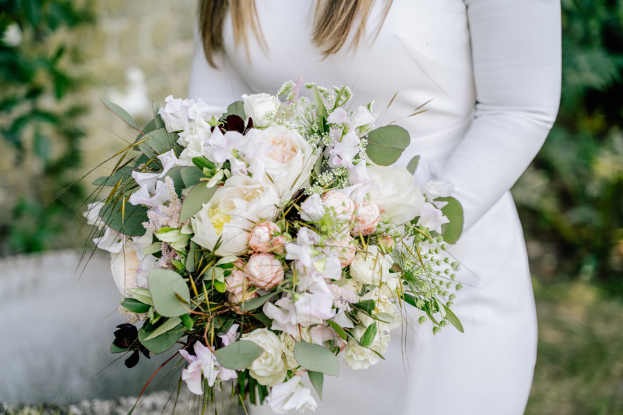 Gorgeous seasonal bouquets for small and intimate 2020 weddings (8)