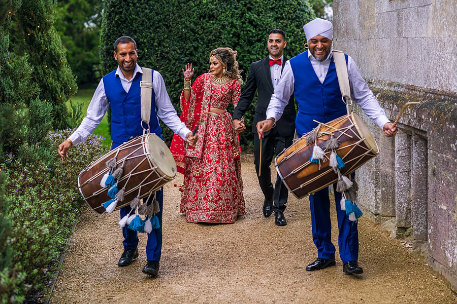 Shayan & Amo's elegant Elmore Court wedding and vibrant Indian reception, with Dan Morris Photography (41)