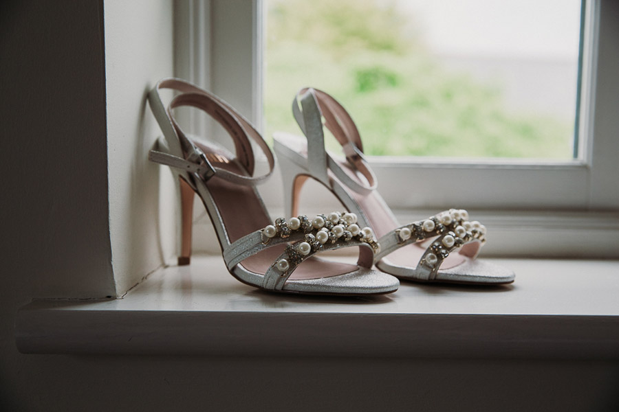 Hannah & Joel's elegant rustic Cornish wedding, with Alexa Poppe Wedding Photography (10)