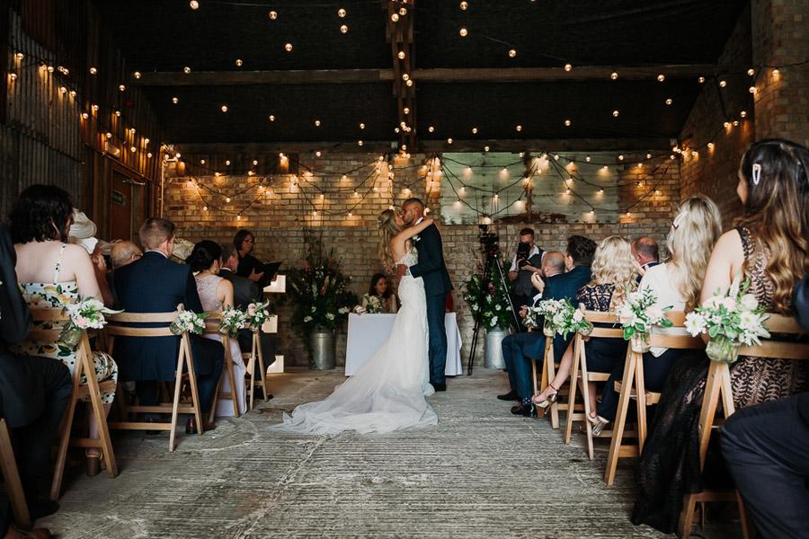 Hannah & Joel's elegant rustic Cornish wedding, with Alexa Poppe Wedding Photography (18)