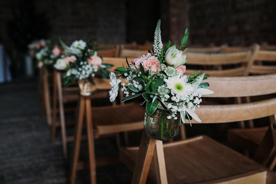 Hannah & Joel's elegant rustic Cornish wedding, with Alexa Poppe Wedding Photography (20)