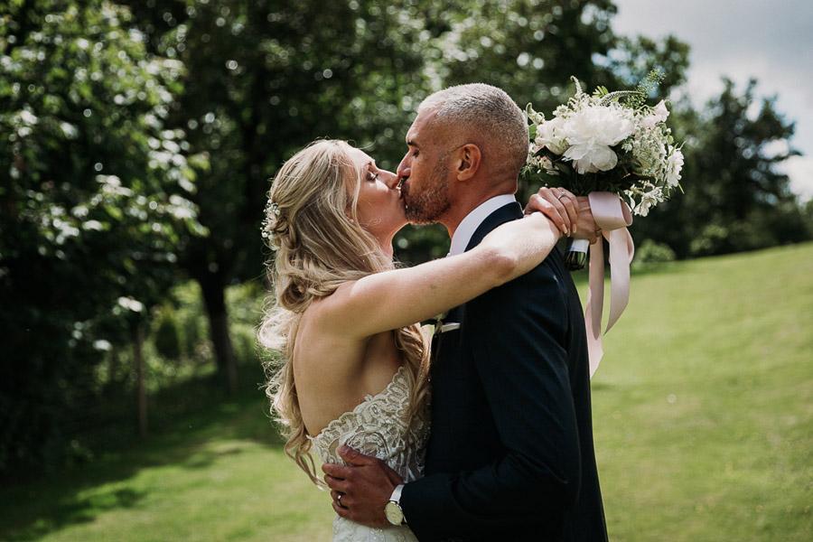 Hannah & Joel's elegant rustic Cornish wedding, with Alexa Poppe Wedding Photography (27)