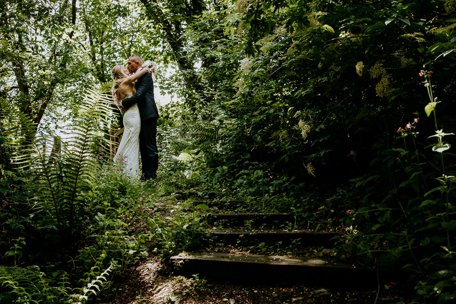 Hannah & Joel's elegant rustic Cornish wedding, with Alexa Poppe Wedding Photography (30)