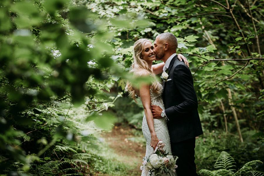 Hannah & Joel's elegant rustic Cornish wedding, with Alexa Poppe Wedding Photography (31)