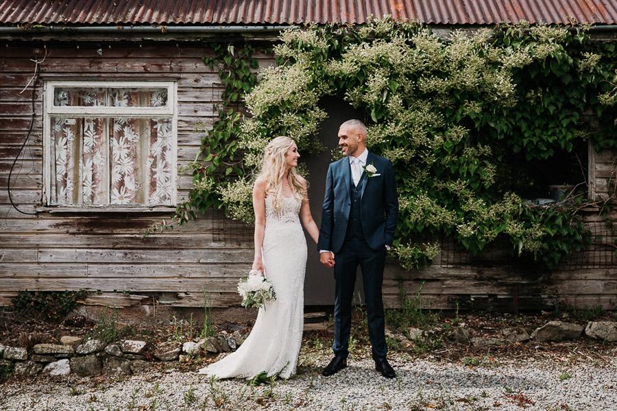 Hannah & Joel's elegant rustic Cornish wedding, with Alexa Poppe Wedding Photography (33)