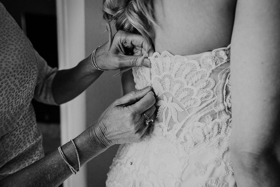 Hannah & Joel's elegant rustic Cornish wedding, with Alexa Poppe Wedding Photography (4)