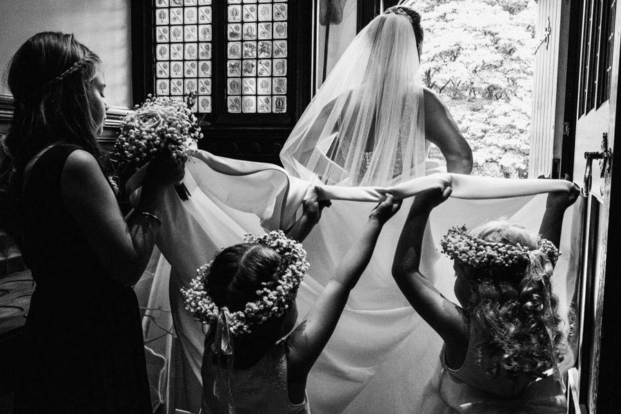 Sarah & Terry's brilliantly fun family wedding at Hampton Manor, with York Place Studios (10)