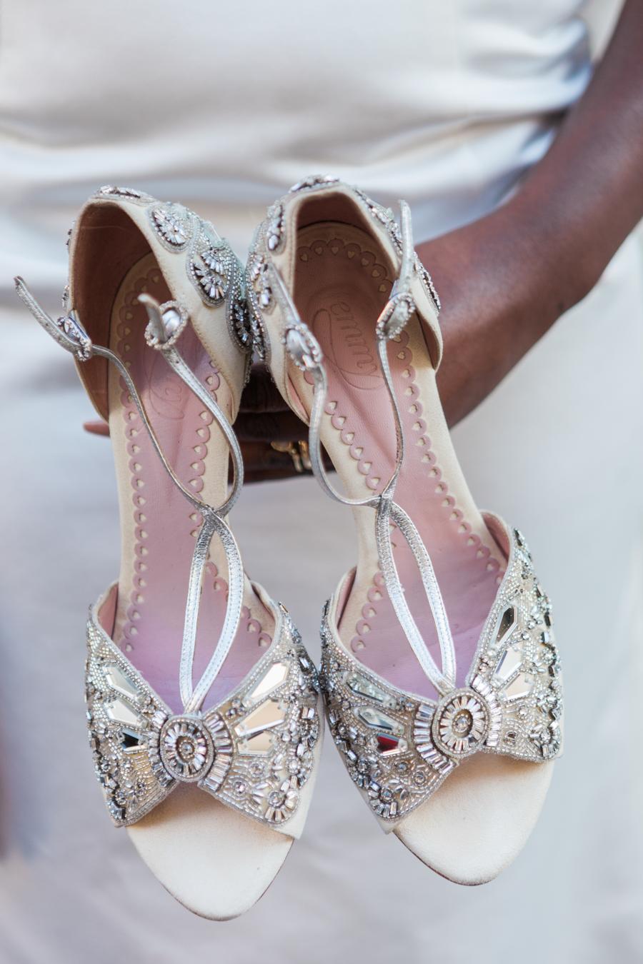 Breathtakingly beautiful - diversity wins in this stunning RSA London wedding editorial! (1)