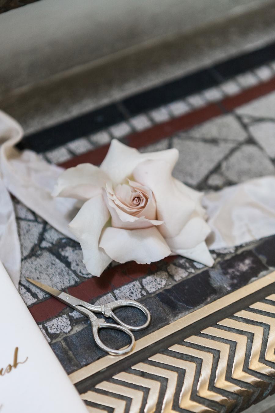 Breathtakingly beautiful - diversity wins in this stunning RSA London wedding editorial! (39)