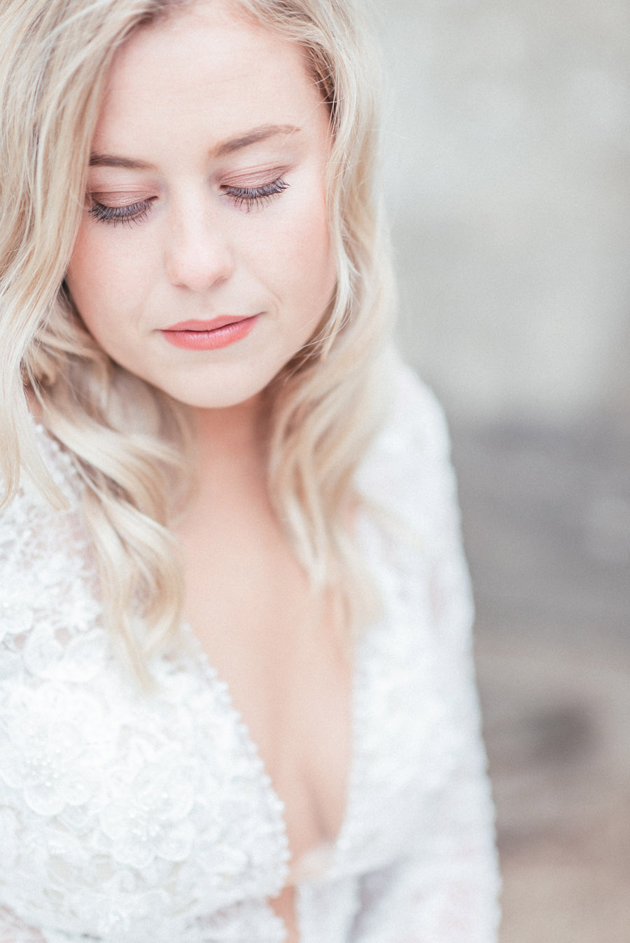 French Manor Styled Wedding Shoot in delicate blues, with Hannah McClune Photography on English Wedding Blog (23)